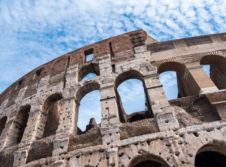 You are currently viewing VISITER LE COLISÉE À ROME 2021 : UN GUIDE DÉTAILLÉ POUR VOUS AIDER À PLANIFIER VOTRE VISITE